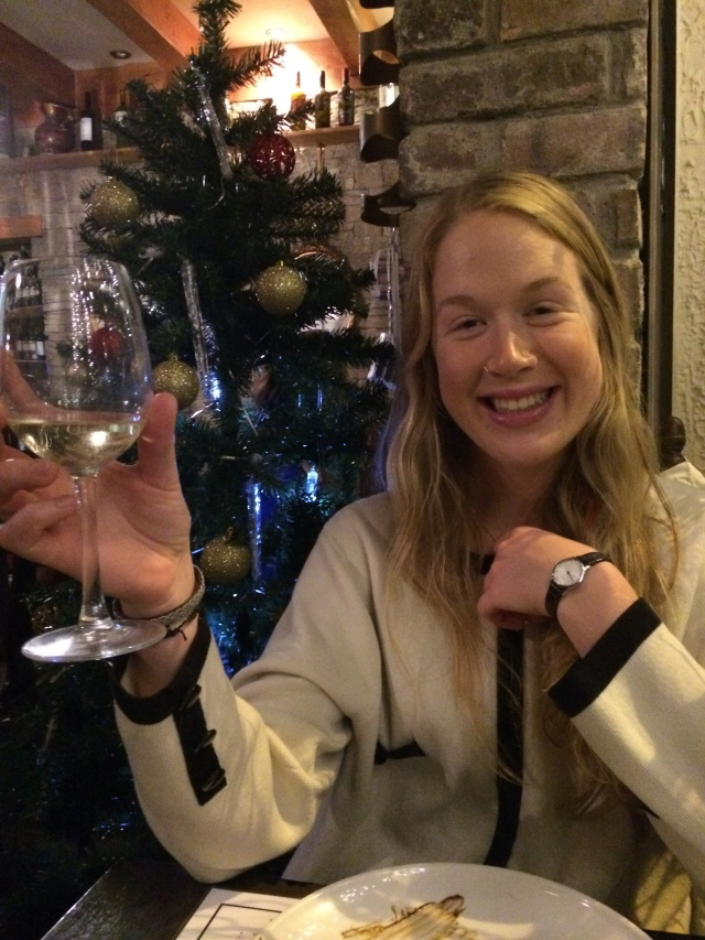 The tasty wine and the cosy Christmas decorations as modelled by the lovely Klara