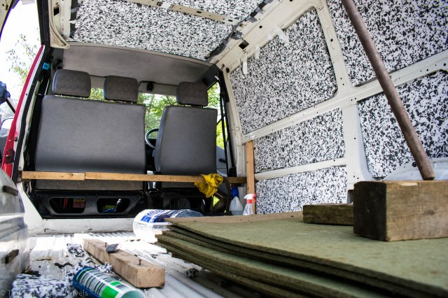 Walls-and-ceiling-of-VW-Transporter-T4-van-insulated-with-polystyrene