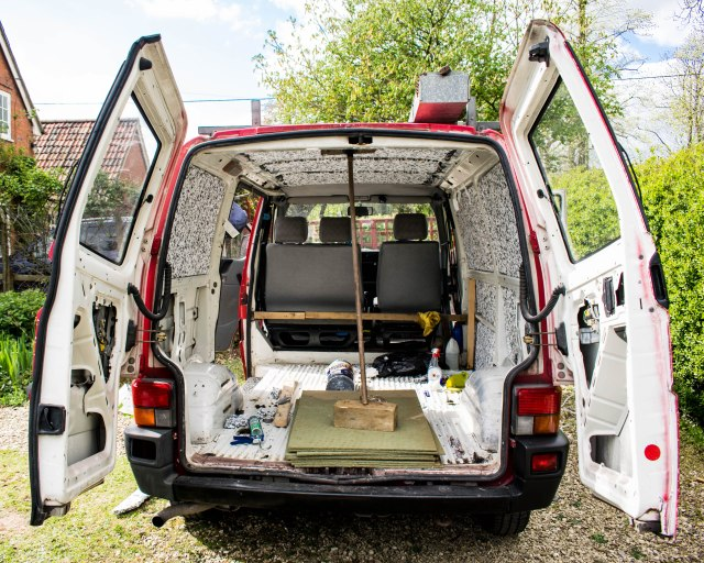 Insulating-a-VW-Transporter-T4-van
