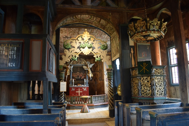 Interior-pulpit-and-altar-Lom-Stave-Church-Norway