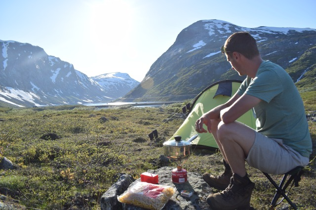 Wild-camping-next-to-Lake-and-mountains-near-Geiranger-Norway